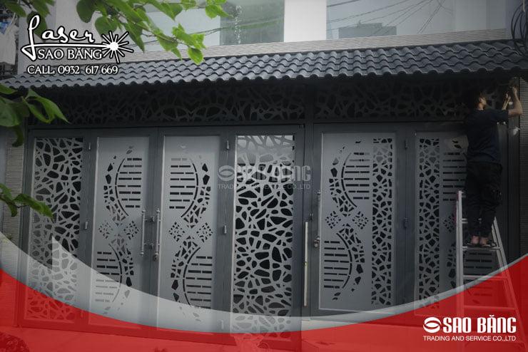 Cửa sắt cắtCNC giúp khắc sâu ấn tượng trong lòng khách ghé thăm nhà