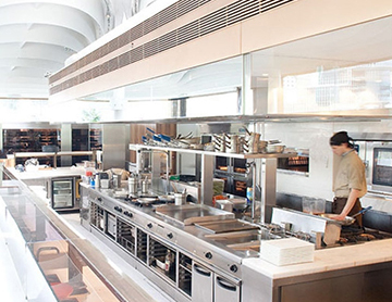 Mách Bạn Cách Vệ Sinh Bếp Á Đôi Nhanh Chóng, Sạch Sẽ, Bền Đẹp