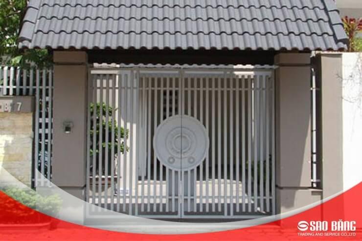 Mẫu Cổng Sắt Hàng Rào 2 Cánh Biệt Thự Nghệ Thuật