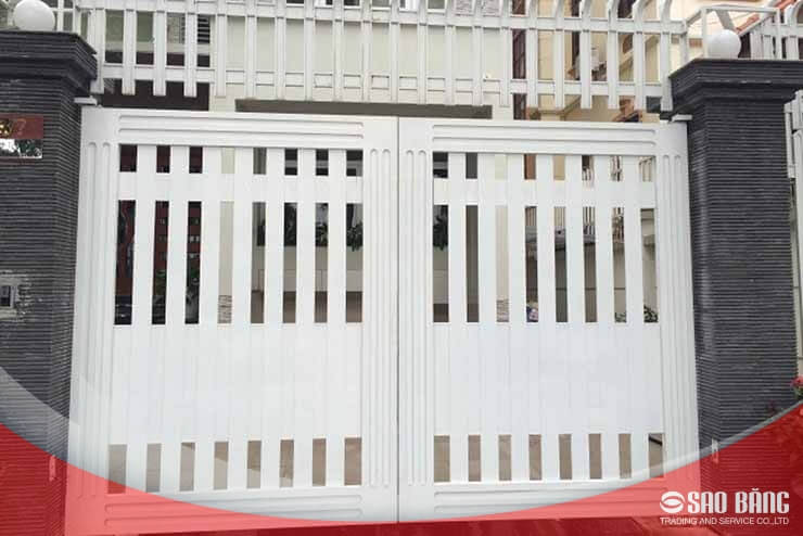 Mẫu Cổng Sắt 2 Cánh Nhà Phố Đơn Giản